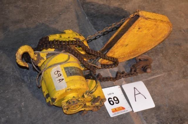 Budgit Electric Hoist, 115 Volt, 1/2 Ton | Joe Ollis Auction