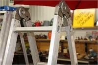 12' aluminum adjustable ladder