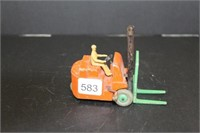 Dinky Toys fork lift.  4""