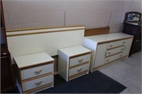 4PC BEDROOM SET - QUEEN
