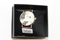 MICKEY MOUSE WATCH WITH CASE