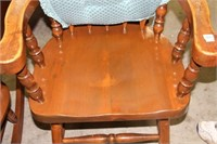 PINE ARM CHAIR