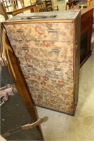 """EARLY LUGGAGE TRUNK 43"""""""