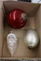 3 large Christmas decorations