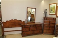 Vilas 3 piece bedroom suite