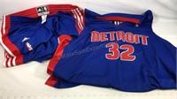 Detroit Pistons extra large Adidas warm-up pants