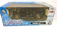 1:18 scale Hummer H2 diecast model
