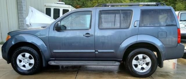 2006 Nissan Pathfinder | Apple Towing Co