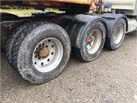 2013 Peterbilt 367 Truck Tractor Tri Drive