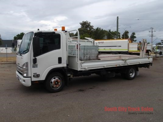 2010 Isuzu NPR 400 Long South City Truck Sales - Trucks for Sale