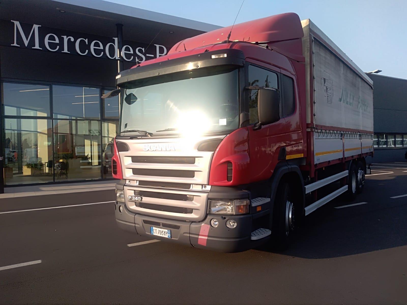 Scania P340 Usato