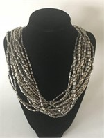 Unique Ladies Chain Type Necklace