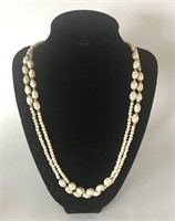 Pretty Pearl Style Ladies Necklace