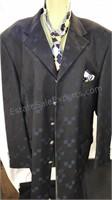 Mondo Uomo Men's 2pc wool suit includes tie and