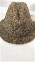 Lot of 5 men's hats Sizes in photos