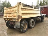 1994 Mack CH 613 Gravel Truck