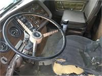 1978 Ford LTL 9000 Gravel Truck