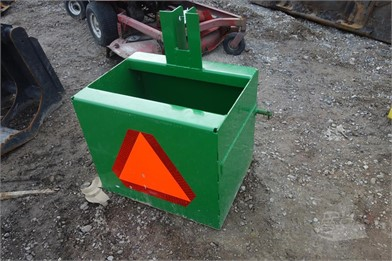 JOHN DEERE Weight Box Auction Results - 4 Listings