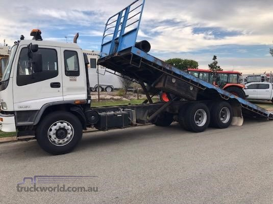 2006 Isuzu other Trucks for Sale