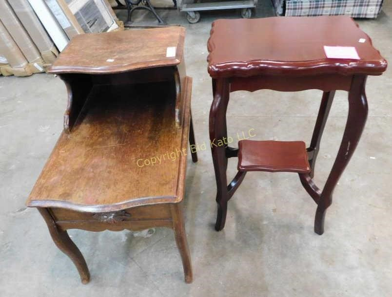 End Table Mahogony Type Side