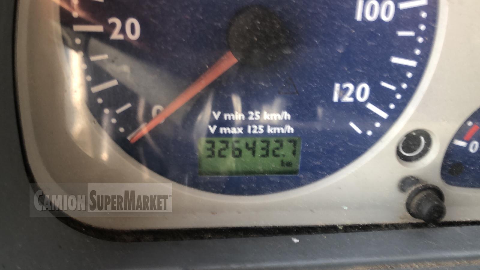 Iveco STRALIS 300 used 2005 Lazio