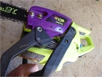 Poulan wild thing chainsaw w/ case 16
