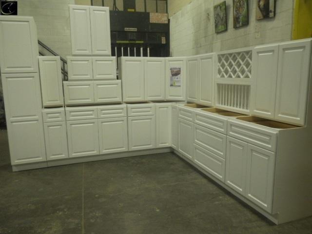 Newport White Kitchen Cabinet Set 12 X15 Lambrecht Auction Inc