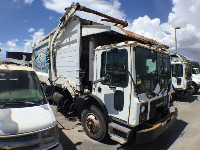 2005 Mack MR688S Heil 28yd Garbage Truck | Bidera LLC Mack Mr S Wiring Schematic Ac on mack gu813 specifications, mack dm800, mack r600, mack b81, mack ms200, mack heavy haulers, mack dm600, mack mru613, mack b75, mack truck hauler, mack dump trucks, mack cv713, mack cxn613, mack cxn612, mack cv712, mack cs200, mack dmm, mack roll off trucks, mack ch613,