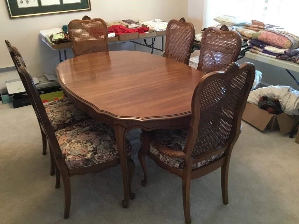 Solid Maple Dining Room Table Six 6