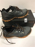 MERRELL SHOES SZ 9.5(USED)