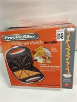 PROCTOR SILEX DURABLE SANDWICH MAKER