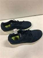 SKECHERS SHOES SZ 10(USED)