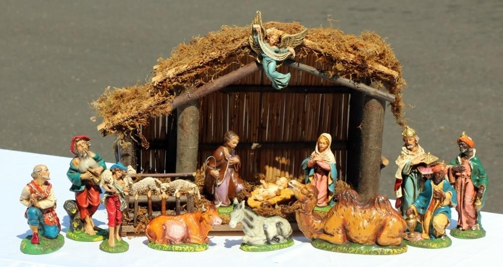 Nativity Set From Italy W Wood Manger Big Als Auction
