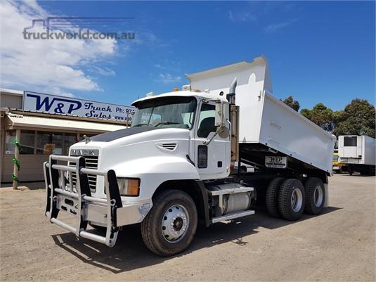 2007 Mack Metro Liner - Truckworld.com.au - Trucks for Sale