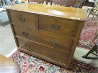 4 DRAWER LIGHT FINISH CHEST OF DRAWERS
