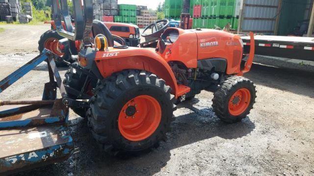 Kubota L3301 tractor | William Kent Inc