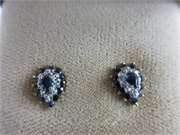 """TRAY: EARRINGS AND 28"""" CHAIN"""