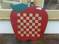 "16"" APPLE CHECKER BOARD"