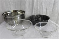 Stainless steel 24 cup bowl, bunt pan, 2 pyrex