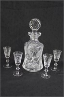 "10.5"" Decanter and 4 Pinwheel sherry glasses"