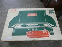 COLEMAN 421D CAMP STOVE W/FUEL