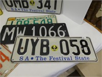 BOX: 8 CANADIAN & OTHER LICENSE PLATES