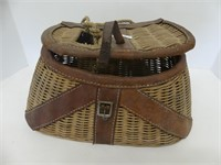 "14"" WICKER FISHING CREEL"