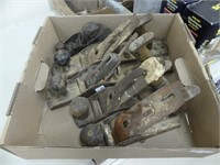 BOX: 5 STANLEY & OTHER HAND PLANES
