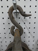 CAST IRON PULLEY W/HOOK