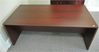 Cherry Finish Executive Size Laminate Desk