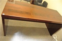 Lacquered Finish Modern Desk