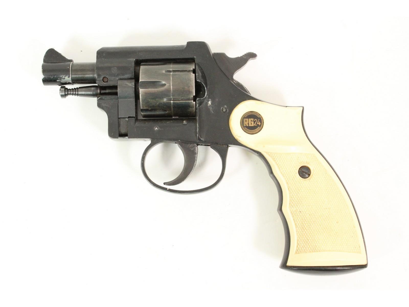 Rohm RG24 Revolver 22 Caliber | Donley Auction Services Inc