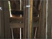 Approx 25, 8' T-rail fence posts