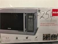 RCA 700 WATTS MICROWAVE